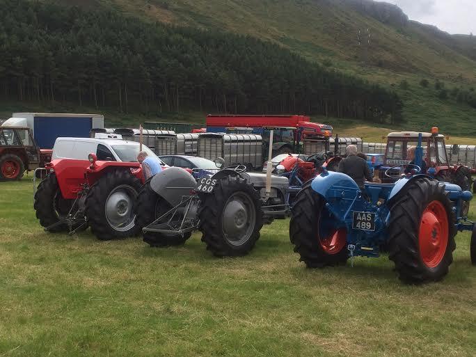 KINROSS-show-2015-tractor-three